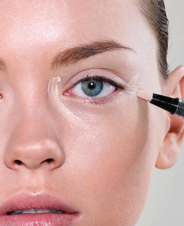 Göz altı ve çevresi: Gözlerin buruna yakın dip kısmı ve gözlerin altının aydınlatılması.
