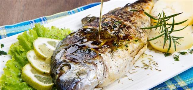 Ara öğün  Yarım simit ve 1 bardak light ayran  Akşam yemeği  200 gr ızgarada balık, bir kase salata  Ara öğün  Tarçınlı ıhlamur çayı