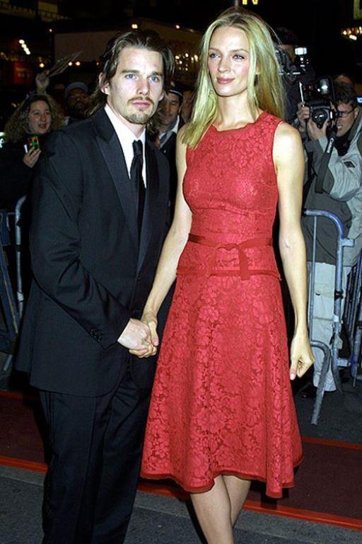 Uma Thurman 180 cm, Ethan Hawke ise 177 cm boyunda. Evli oldukları süre boyunca aralarındaki boy farkını hiç sorun etmediler.