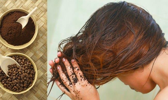 Saçlarınızı ev ortamında doğal bir yöntemle olduğundan daha koyu bir renge getirmek istiyorsanız bu yöntem tam aradığınız yöntem olabilir. Kahve telvesi kullanarak uygulayacağınız bu yöntemin en güzel yanı saç boyalarının kimyasal zararlı etkilerinden kaçmak ve bunlara vereceğiniz ücretlerden kurtulmak.