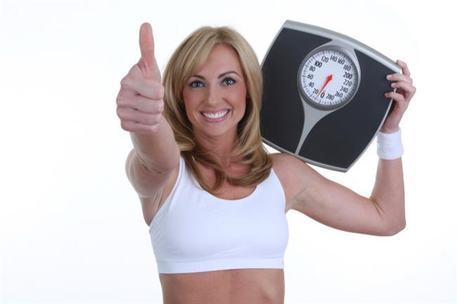 """Biz de sizlere hem uzun yaşamanın sırrı hem de hızlı ve sağlıklı diyet yapmanın listesini hazırladık.Diğer diyetlerde olduğu gibi kilolarla birlikte sağlığınızı da kaybetmeniz gibi bir risk söz konusu değil! Kısacası """"Okinawa diyeti sayesinde hem sağlıklı beslenecek hem de 5 günde 2 kilo verebileceksiniz."""