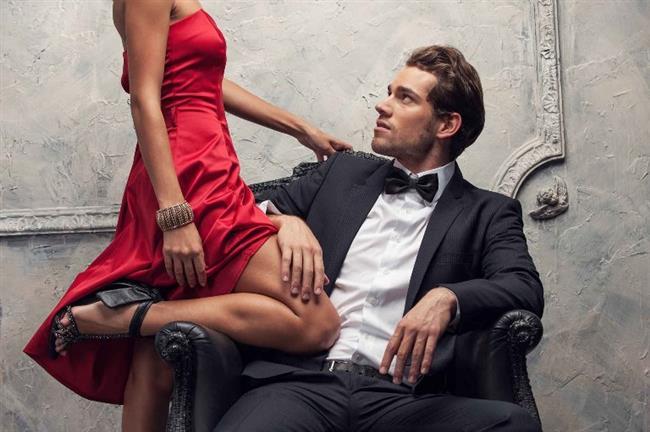 Boğa erkeğini etkilemenin yolları  Boğa erkeğinin bir kadında aradığı en önemli koşul güzellik, zevk sahibi olmak ve bakımdır. Maddi değerlere son derece önem verir. Tatlı sözler duyduğunda bir kedi gibi sokulmaktan hoşlanan Boğa, çok iyi ve sadık bir aşıktır. Onun sizi elde etmek için çabalamasını beklemeyin. Çünkü o başkalarının peşinde koşmaktansa kendi peşinde koşanları gayet misafirperver bir şekilde evinde ağırlamayı tercih eder.