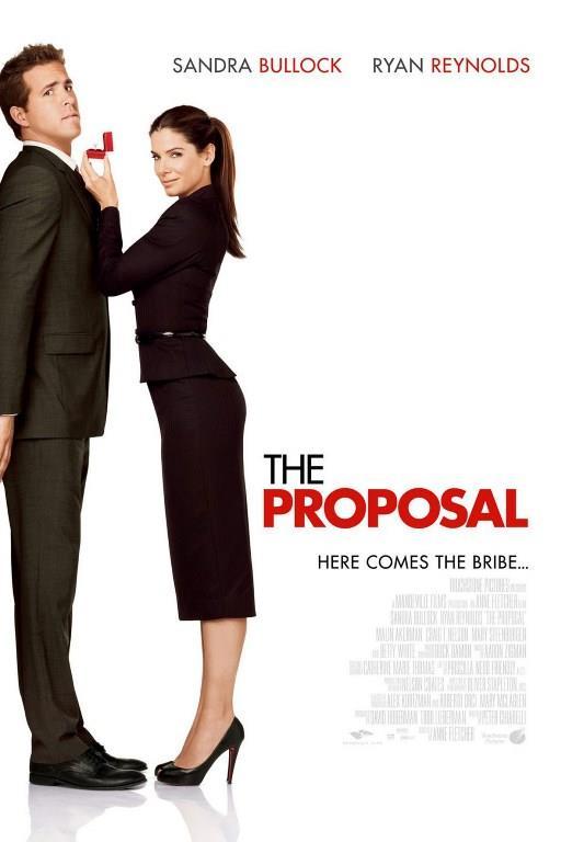 TEKLİF (THE PROPOSAL)   Kitap editörü Margaret (Sandra Bullock), bir gün beklenmedik haber alır. İşini kaybetme ve sınır dışı edilme riskiyle karşı karşıyadır. Margaret, kurnazlık yapar ve saf asistanı Andrew (Ryan Reynolds) ile nişanlı olduğu yalanını uydurur. Ama Andrew'un, bu oyuna dahil olmak için belli kuralları vardır. Alaska'da bulunan ailesiyle evleneceği kadını tanıştırmak ister. Şehir hayatına alışkın olan Margaret, Alaska'ya gittiğinde kendisini birbirinden komik ve ilginç durumlarda bulur. Göçmelik bürosunun peşlerine takılmasıyla olaylar daha da büyür.