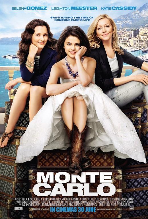 MONTE CARLO   18 yaşındaki Grace (Selena Gomez) ve yakın arkadaşı Emma (Katie Cassidy) Monte Karlo'da tatil yapabilmek için para biriktirir. Monte Karlo'ya gittiklerinde kendilerine zengin imajı vererek çılgın bir tatil yapar ve zengin erkek arkadaş ararlar. Ama güzel kadınlar bir hata sonucunda kendileriyle aynı amaçta sahte zengin erkeklerle tanışır.