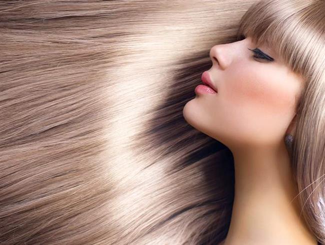 Saçınızı şampuanladıktan sonra açık bir çay uygulamanız saçlarınızı güçlendirecektir.