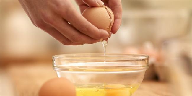 Ancak yumurta kabuklarını kesinlikle çiğ tüketmemeniz gerekiyor.