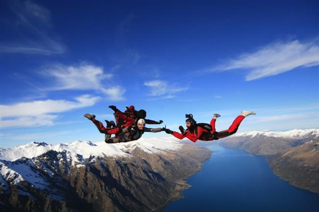 Mutlaka adrenalini yüksek bir atlayış gerçekleştirin. Emin olun kuş gibi hafiflediğinizi hissedecek ve yeniden doğmuş gibi olacaksınız.