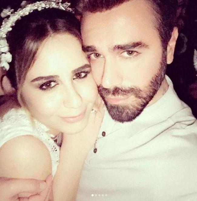Neslihan Atagül ile eşinin pistten bir an olsun inmediği görkemli düğünün fotoğrafları sosyal medyada yayınlandı.