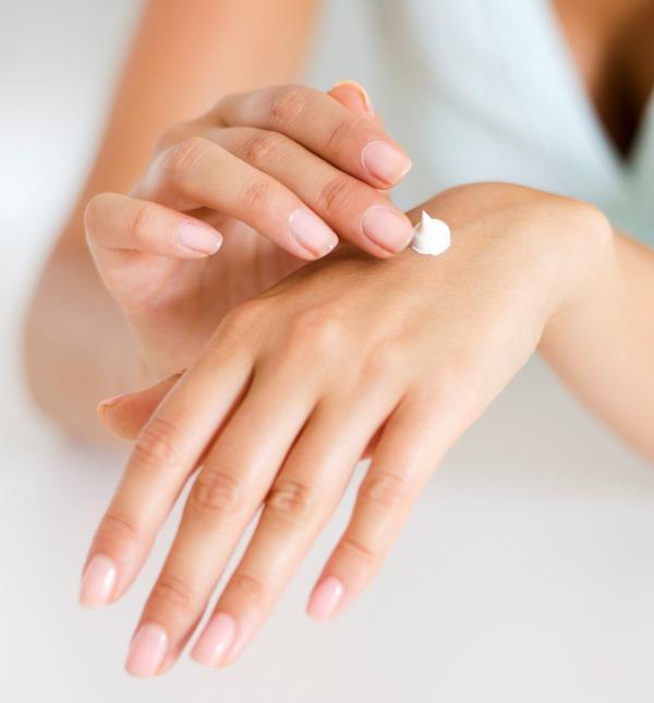 7 hafta boyunca cildinize uygun ürünleri kullandıktan sonra kendinizi profesyonel ellere teslim edin. Ancak bakımdan sonra cildinizde kızarıklıklar olabileceği için son güne bırakmamaya özen gösterin.