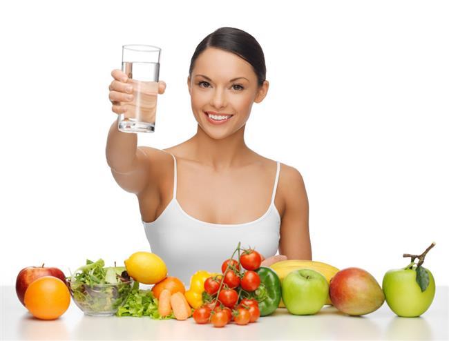 * Demirden zengin yiyecekler tüketin. Diyet yapanlar genellikle demiri az alırlar, fakat enerji için demir şart. (Yüksek demir içeren yiyecekler; biftek, kuzu eti, kuru meyve, balık, yumurta) * Akşam son yemeğiniz, az karbonhidratlı olmalı. Protein ve kalsiyum içeren yiyecekleri de tercih edin.