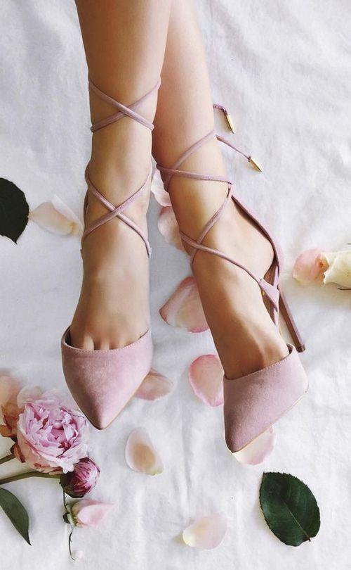 Aynı ayakkabınızı hergün giymekten kaçınmalısınız.