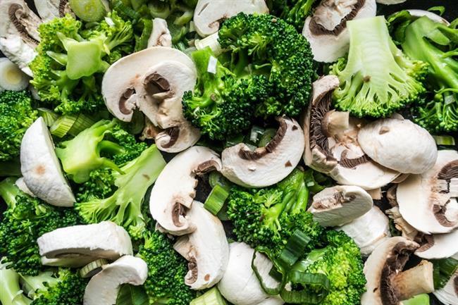 Brokoli:   B5 ve C vitaminlerini almak için brokoli tüketin,brokoli ayrıca karaciğerin iyileşmesinde rol oynar.