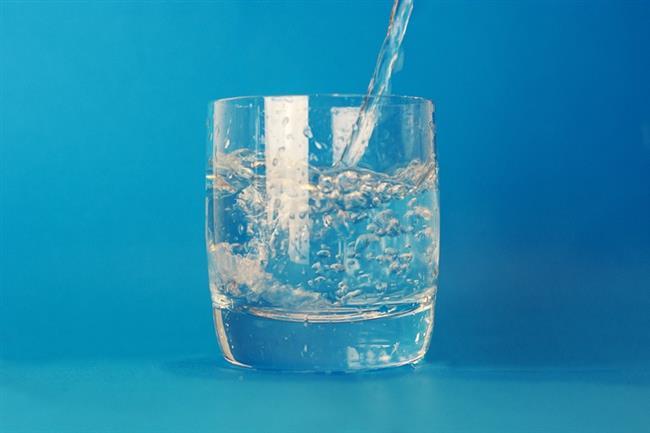 Su:   Suyun vücudunuzu baştan aşağı yenelediğini biliyorsunuz. Vücudunuzda bulunan toksinlerin içindeki nikotini dışarı atar.