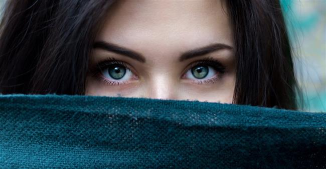 Vücudun kan kaynağı olmayan tek kısmı gözün korneasıdır. Oksijeni doğrudan havadan alır.