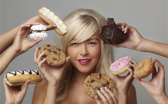• Sahuru abur-cuburlarla geçiştirmeyin.  • Yağlı yemekler, ağır tatlılar yerine kahvaltı türü yiyecekleri tercih edin.
