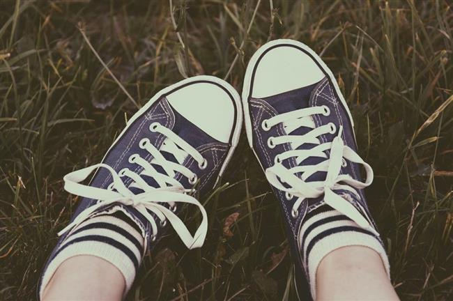1. Özel bakım   Ayakkabılar için özel olarak geliştirilmiş bakım ve temizleme ürünleriyle spor ayakkabılarınızı koruma altına almanız mümkün.
