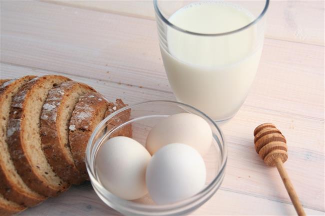 •Mutlaka sahura kalkın. Sahurda tam tahıllı ekmek, haşlanmış yumurta, süt, peynir, zeytin, ceviz, meyve, açık çay ve bol su tüketin.