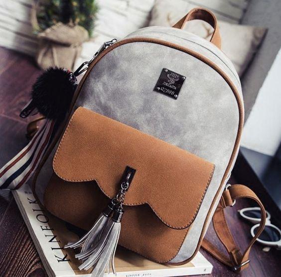Sırt Çantaları  Daima kullanmaktan bıkmadığımız sırt çantalarını yazın da kullanmaya devam edeceğiz. Günlük kullanımda oldukça rahat olan sırt çantalarını tekrar gün yüzüne çıkarma vakti geldi.