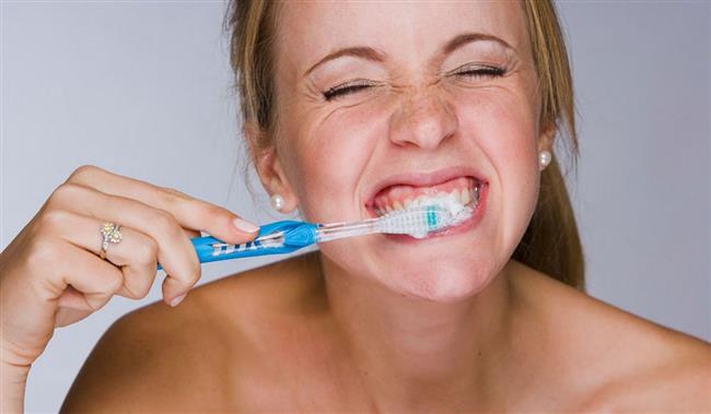 Oruçluyken diş fırçalamanın aslında hiçbir mahsuru olmadığı, din adamları tarafından da defalarca onaylandı.