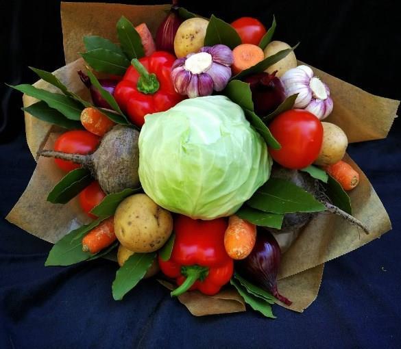•Et yemekleri yerine sebze ağırlıklı yemekleri tercih edin.   •Safra kesenizde taş varsa aşırı yağlı besinlerden kaçının.