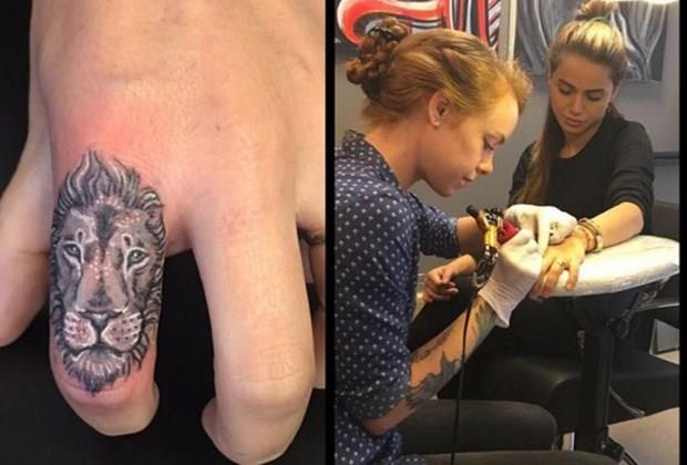 Ceyda Ateş  29 yaşındaki oyuncu sevgilisinin ve kendi burcu olan aslanı parmağına dövme olarak yaptırdı.