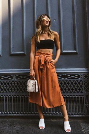Yeni moda Palazzo pantolonlar sizi olduğunuzdan daha zayıf ve uzun gösterecek... Özellikle çiçek desenliler yaz günlerinde çok şık görünmenizi sağlayacak.