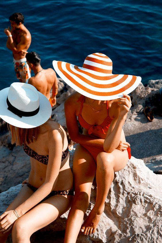 İlham alabileceğiniz birbirinden farklı şapka modelleri...