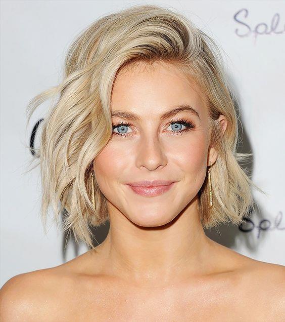 Kısa Saçlılara Özel  Kısa saçlılara çok yakışan bu modeli düğünlerde, partilerde ve kokteyllerde kullabilirsiniz.