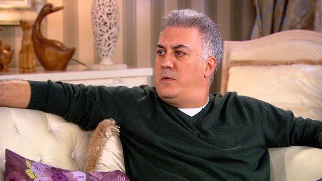 Tamer Karadağlı, kendisi gibi oyuncu olan Arzu Balkan'la birlikteliğinden doğan kızı Zeyno'ya özel vakit ayırıyor.