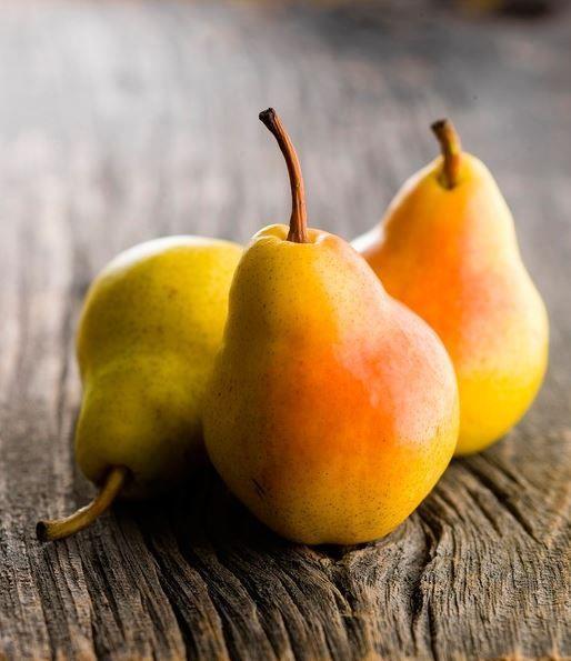 07.30 Aşağıdaki meyvelerden herhangi biri  2 adet kayısı, 1 elma  ya da armut   1 bardak su