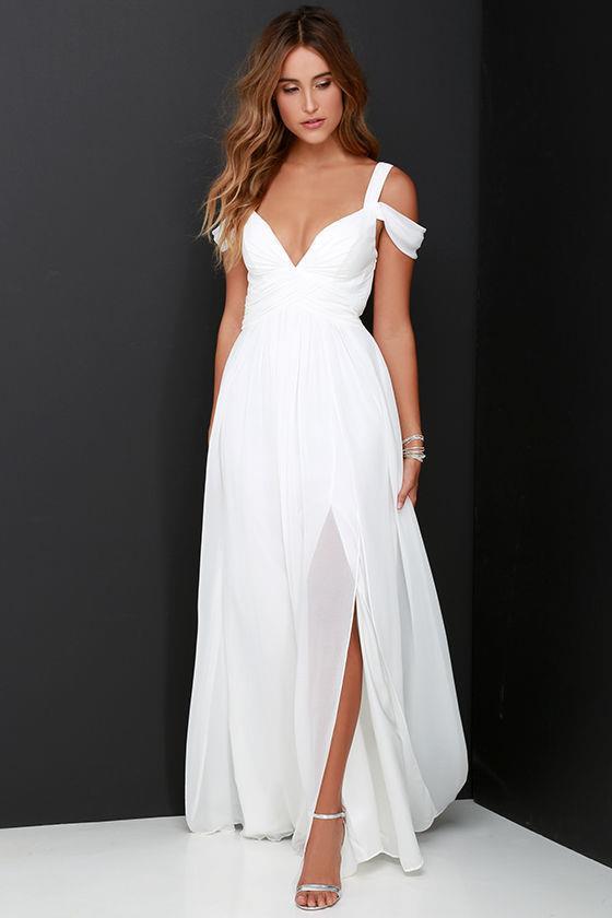 İşte düğünlerde giymemeniz gereken elbise modelleri...
