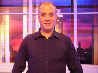 10. Kemal Özcanlı  1966 doğumlu olan Kemal Özcanlı, 'Var Mısın Yok Musun' programı sayesinde şöhret kapılarını araladı ve ilerleyen zamanda program sunucusu oldu.