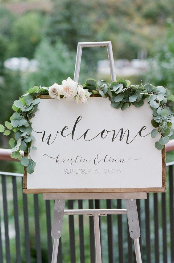 Hoş geldin Tabelası  Arka bahçeniz ne kadar küçük olursa olsun misafirleri hoş karşılamak önemli bir unsur. Gelen misafirlerinizi kişiselleştirilmiş bir mesajla karşılayabilirsiniz.