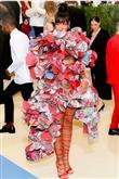 Rihanna'nın Moda Kurallarını Yıkan Kombinleri - 3