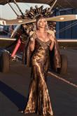Rihanna'nın Moda Kurallarını Yıkan Kombinleri - 1