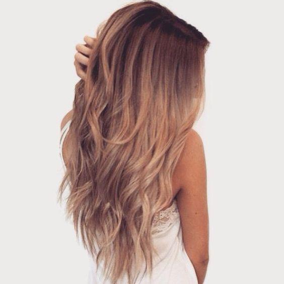Kırık Saçlar:  Saçlarınızda kırık varsa ve daha sağlıklı görünmesini istiyorsanız vazelin sürebilirsiniz.