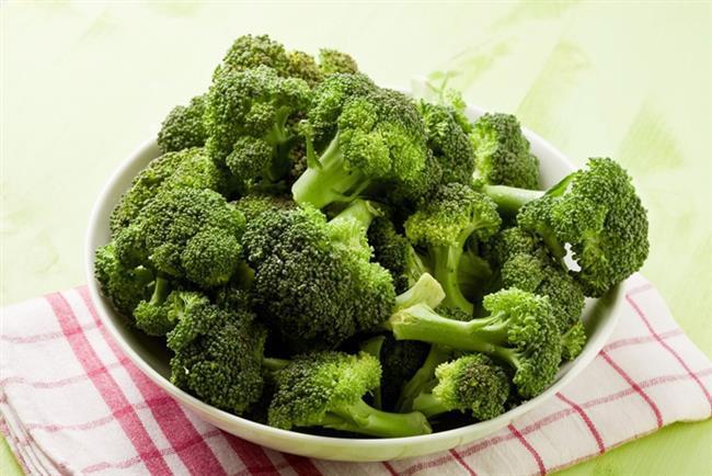 Brokoli:  Brokoli, fitokimyasal bir besin ögesi olan sülforafan içeriği sayesinde aynı zamanda yağ hücrelerinin yakımına da yardımcı oluyor.