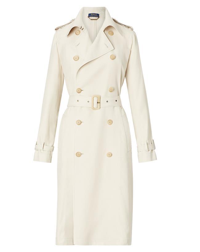 TRENÇKOT   İster şık bir elbisenin üstüne, isterseniz günlük kombinleriniz de tamamlayıcı olan trençkotlar da her sezon vitrinlerde.