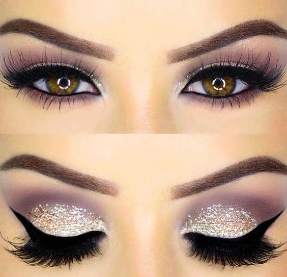 Ela gözler için far:  Ela gözlülere sahip olanların göz renkleri değişken olduğu için makyajlarını yaparken kullandıkları tonlar daha önemli.  Bu gözlere sahip olanlar için en iyi tonlar: mavi, yeşil, gri ve mor gibi renkler. Bu gözlere en yakışan göz makyajı tonlarından biri de lacivert. Lacivert, gözlerinize derinlik kazandırır. Altın ve bronz tonlarını kullanırsanız gözlerinizin ne kadar güzel göründüğünü göreceksiniz.