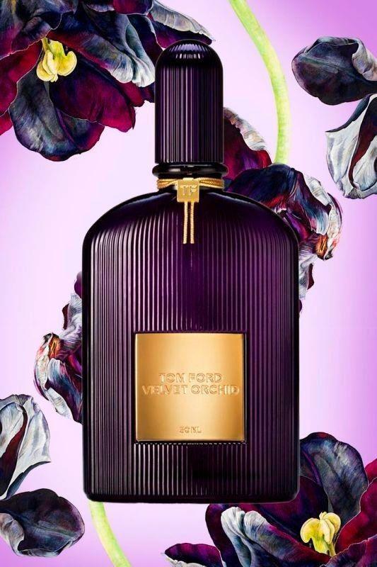 Tom Ford, Velvet Orchid Lumière:  Bergamot, mandalina, bal, rom, yasemin, gül, sandalağacı, vanilya ve mür notalarıyla hem çiçeksi hem de oriental bir koku.