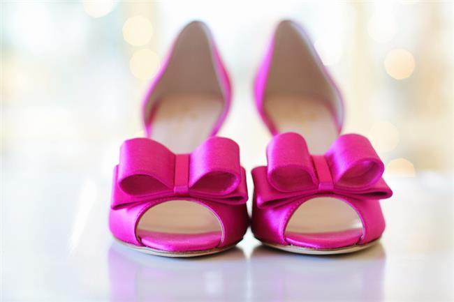 İşte en eğlencelisinden, süslüsüne, en süslüsünden sadesine, en renklisinden, klasiğine gelin ayakkabıları...