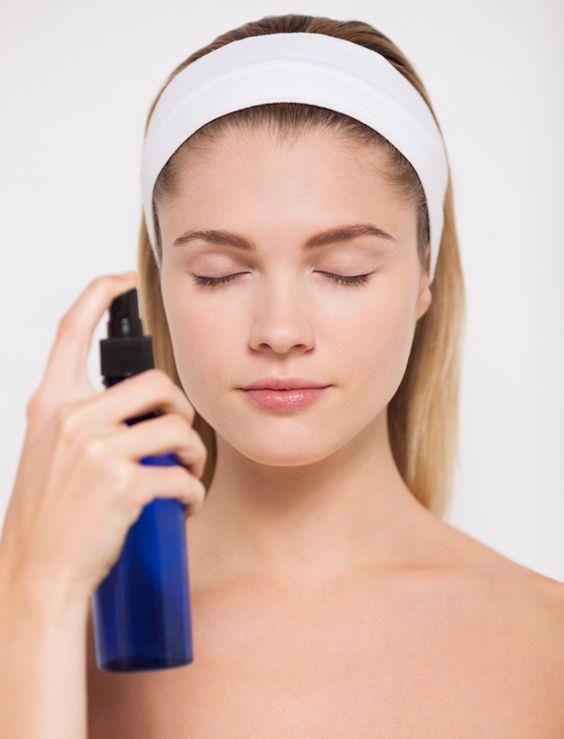 Birçok maskenin içinde yer alan, cildimize iyi geldiği bilinen ürünlerin aslında cildimize zarar verdiğini biliyor muydunuz? İşte yüzümüzle asla temas etmemesi gereken 8 ürün...  Kaynak Fotoğraflar: Pinterest, Pixabay