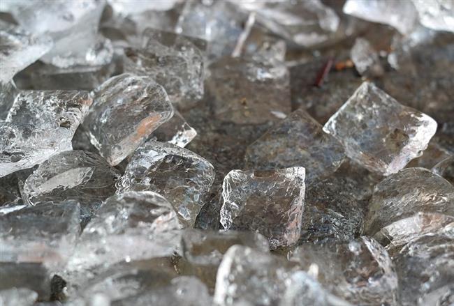 Aknelerinize Karşı Buz Küpleri  Buz Küpleri ile düzenli olarak cildinize masaj yaparak aknelerinize savaş açın!