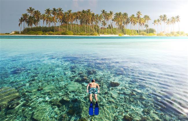 Tatil Sonrası Depresyona Karşı 6 Öneri  Uzman Klinik Psikolog Reyhan Algül, tatil sonrası yorgunluk ve depresyonunun önüne geçebilecek önerileri anlattı.  Tatil hepimizin ihtiyacı…Özellikle günümüzün yüksek tempolu yaşam koşulları tatili bir lüks değil vazgeçilmez bir ihtiyaç haline getiriyor.Tatile çıkmaktaki en büyük amacımız ise tabii ki günlük yaşamın temposundan, stresinden uzaklaşmak.Oysa bir çoğumuz tatilden döndükten sonra da kendimizi yorgun ve isteksiz hissediyor, bu durumu da tatil sonrası depresyon olarak tanımlıyoruz..  Kaynak Fotoğraflar: Ingimage, Pixabay