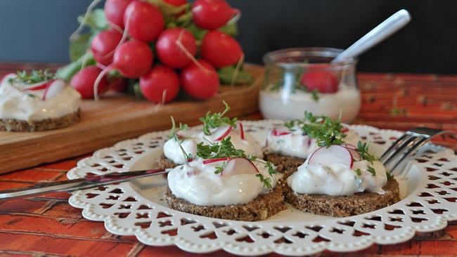 TURP YAPRAKLARINI NASIL TÜKETEBİLİRSİNİZ?  *Çorbalara ilave ederek  *Ispanak yemeği gibi pişirerek  *Salatalara ilave ederek