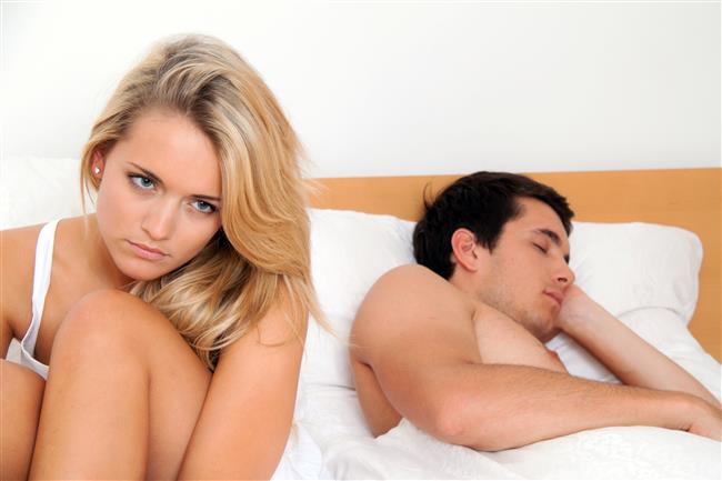 Yatakta Bu Cümleleri Sakın Kurmayın!  Her çift yatakta uyumu sağlayamaz. İşte yatakta uyumu bozmamak için kadınların söylememesi gereken 7 cümle..  Kaynak Fotoğraflar: Ingimage