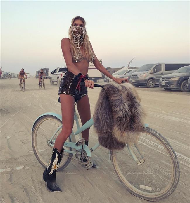 2017 Burning Man Festivali'ne Damga Vuran Stiller - 11