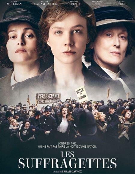 Suffragette  Tarihin ilk feminist hareketlerinden birini başlatan kadınların, gittikçe acımasızlaşan hükûmete karşı yürüttükleri mücadeleye odaklanıyor. Bu heyecan verici hikâyenin merkezinde, çalışan bir anne olmasının yanısıra İngiltere'nin gitgide büyüyen kadınlara oy hakkı sağlama hareketine gizlice katıldıktan sonra hayatı tamamen değişen Maud (Carey Mulligan) yer alıyor. Suçlu ilan edilen İngiliz aktivist Emmeline Pankhurst'ün (Meryl Streep) alevlendirmesiyle birlikte Maud da her sosyal sınıftan kadının yanında yer alan bir aktiviste dönüşüyor.