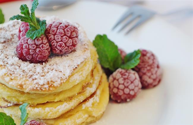 Pancake:  Her pancakenin arasına yağlı kağıt yerleştirin ya da alüminyum folyo ile sarın 2 ay sonra bile kullanabilin.