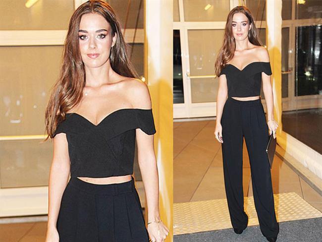 İstanbul Moda Haftası'nda Bensu Soral Rüzgarı   Bensu Soral, Fashion Week İstanbul'a, organizasyonun sponsorlarından Magnum'un onur konuğu olarak katıldı. Ünlü oyuncu güzelliğiyle adeta büyüledi.  Kaynak Fotoğraflar: Instagram